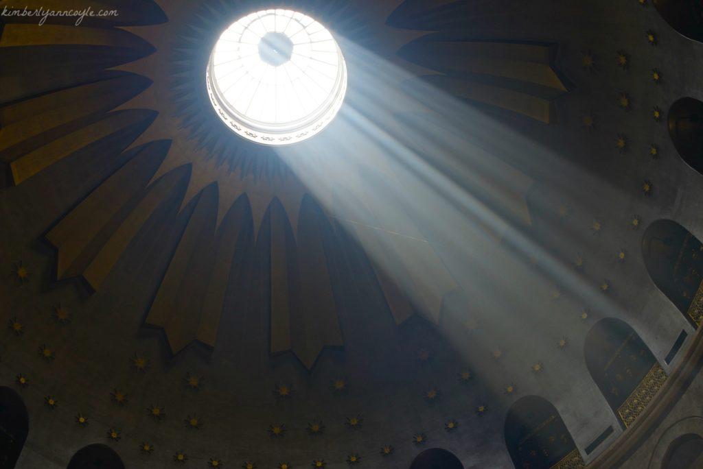 light via kimberlyanncoyle.com